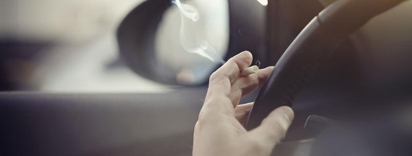 Füstölni vagy füstölögni?